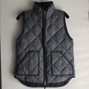 J Crew Gray & White Herringbone Vest size Small